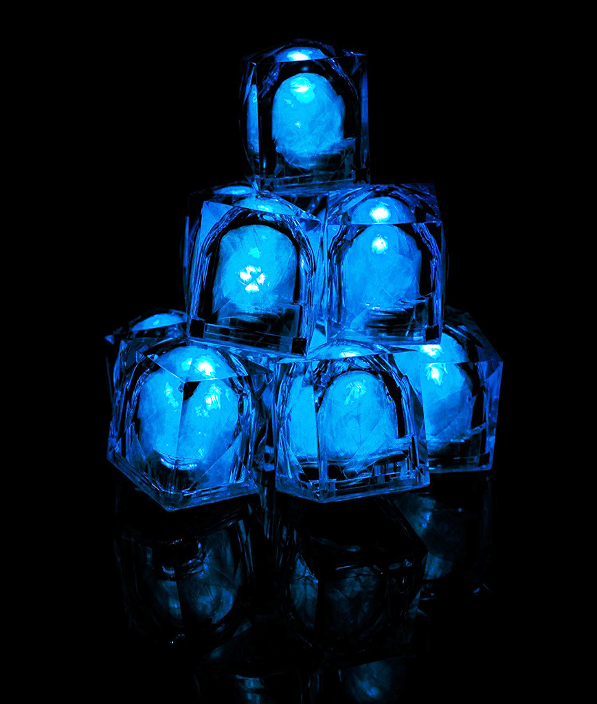 Fun Central AC964 LED Light Up Light Up Ice Cubes - Blue
