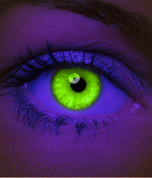 Novelty Contact Lenses - Green UV