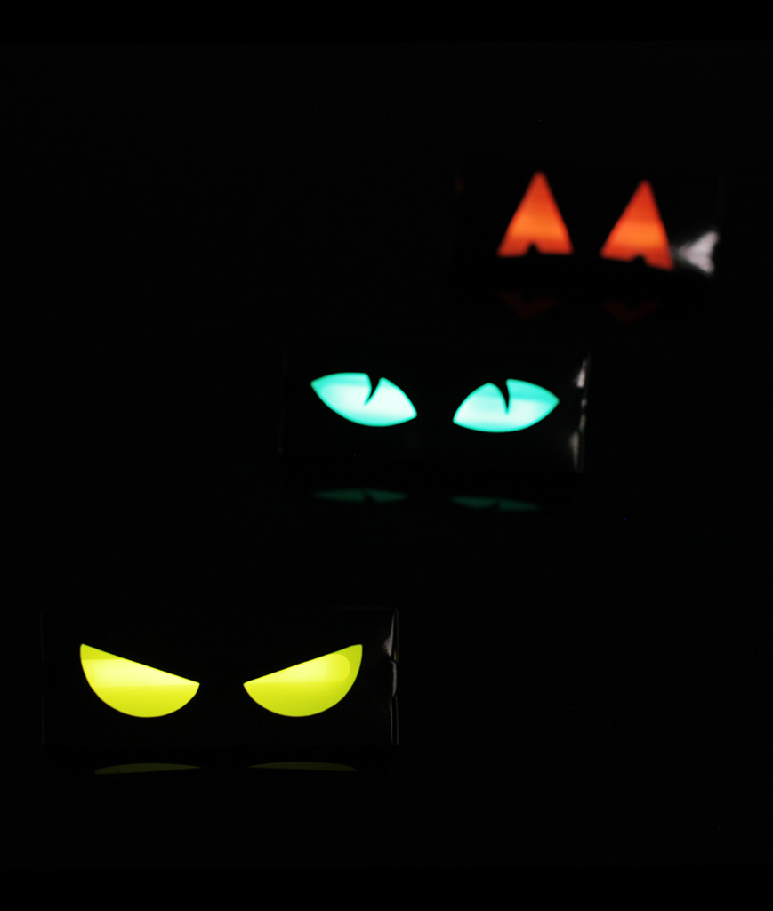 Glow Spooky Eyes - Assorted