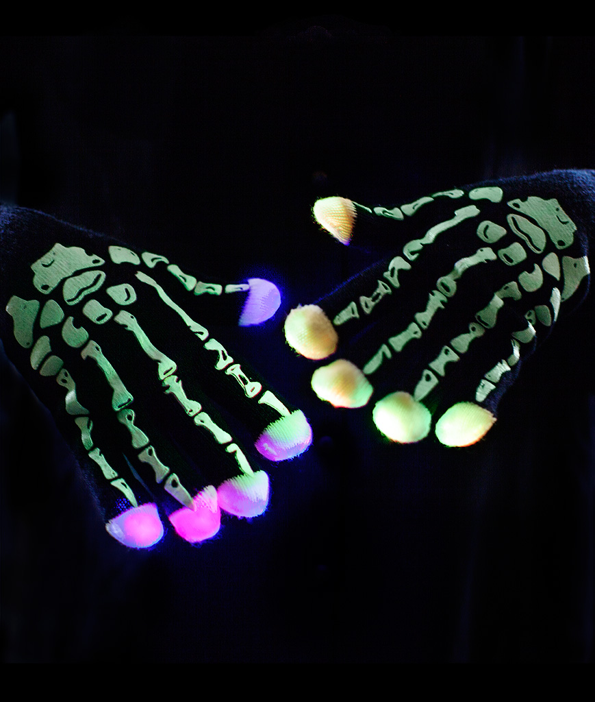 Fun Central O759 LED Light Up Skeleton Gloves