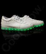 Fun Central AU527 LED Light Up White Shoes - M10