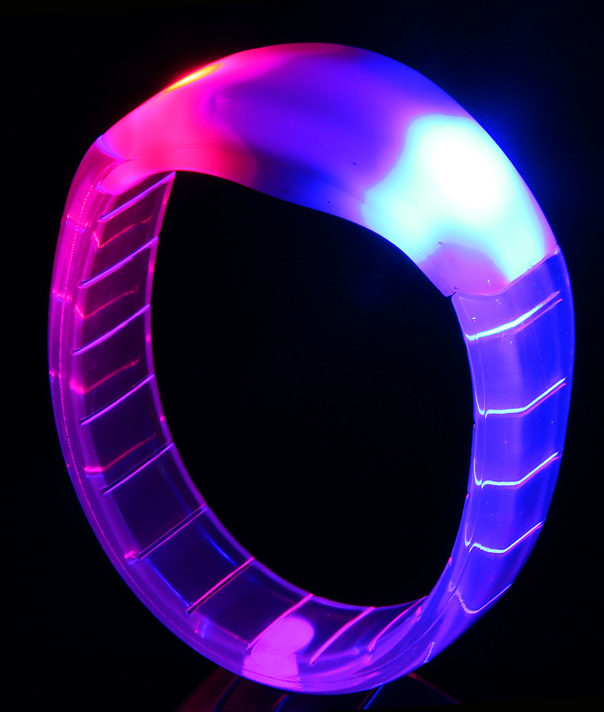 Fun Central AH954 LED Light Up Bangle Bracelets - Multicolor