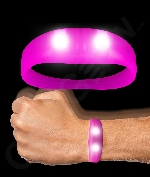 Fun Central AJ666 LED Light Up Motion Activated Wristband - Pink