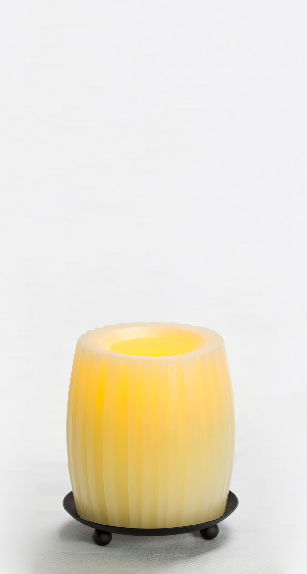 4 Inch Flameless Swirled Hurricane Candle with Timer - Cream with Vanilla Scent