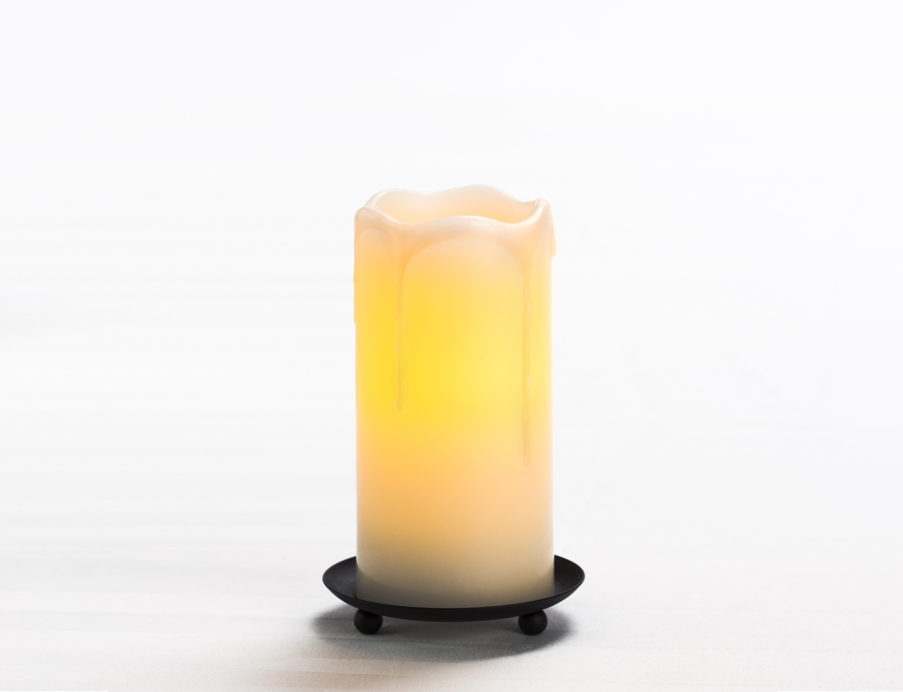 6 Inch Flameless Melting Look Pillar Candle with Timer - Cream with Vanilla Scent