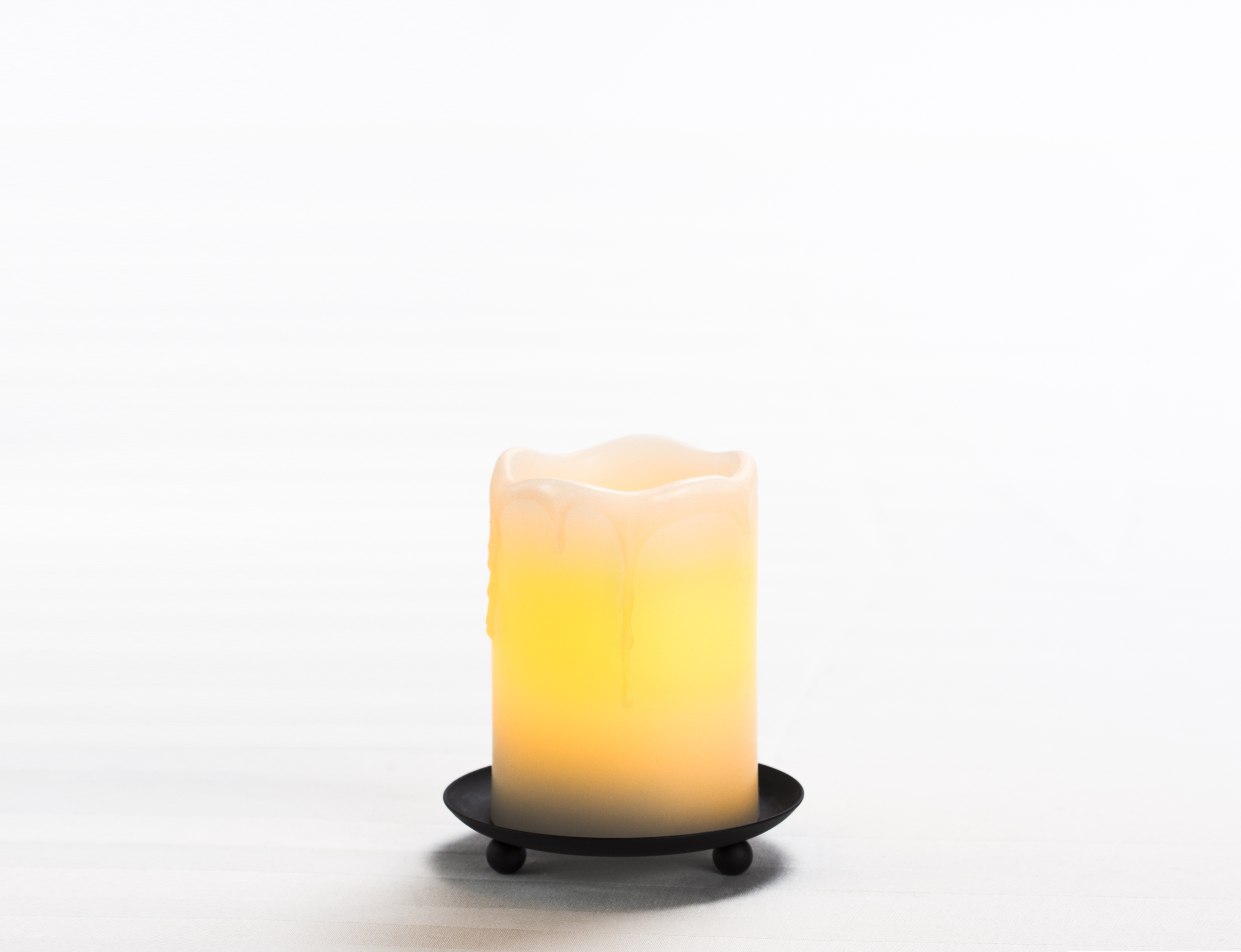 4 Inch Flameless Melting Look Pillar Candle with Timer - Cream with Vanilla Scent