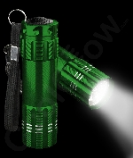 Fun Central AJ337 Aluminum 9 LED Light Up Flashlight Key Chain- Green