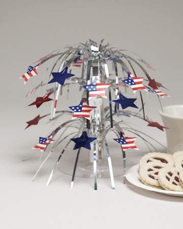 Stars & Flags Mini Cascade Centerpiece
