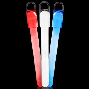 Fun Central B564 4 Inch Standard Glow in the Dark Sticks - Assorted Red-White-Blue