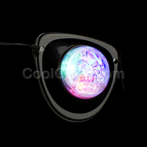 Fun Central M625 LED Light Up Pirate Eye Patch