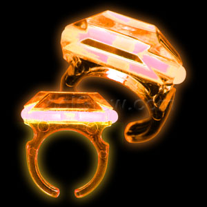 Fun Central M960 Glow in the Dark Ring - Orange