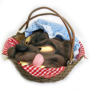 Basket with Wolf's Head - Brown / One Size
