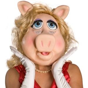 The Muppets Ms. Piggy Deluxe Overhead Latex Mask Adult - Pink / Standard