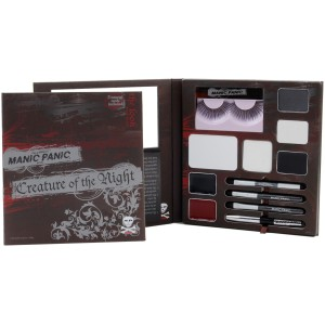 Knock 'Em Dead Red All-Inclusive Make-Up Kit