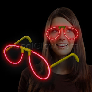 Fun Central P84 Glow in the Dark Eye Glasses - Red