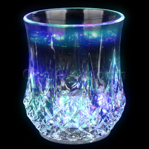 Fun Central AC998 LED Light Up 7oz Crystal Faceted Glass - Multicolor