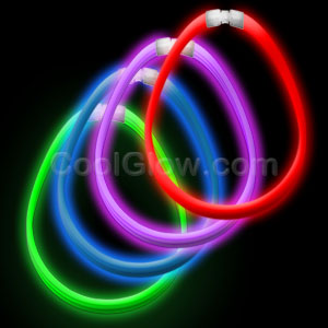 Fun Central AC891 22 Inch Super Wide Glow in the Dark Necklaces - Assorted