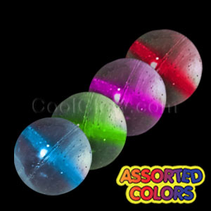 Fun Central T004 Glow in the Dark Bouncing Balls - Assorted