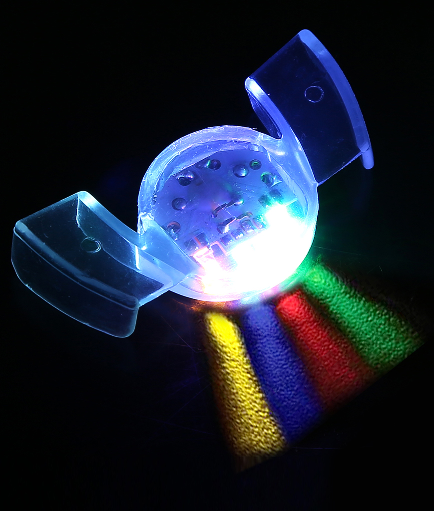 Fun Central I485 LED Light Up Flashing Mouthpiece