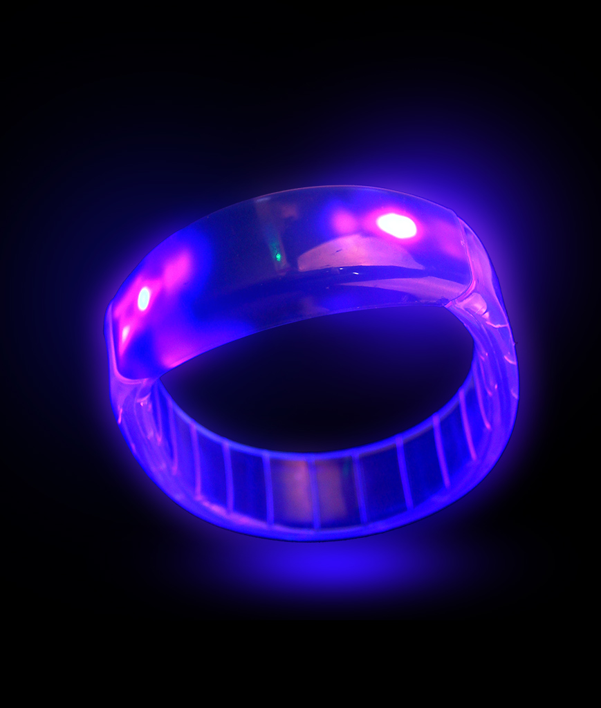 Fun Central I473 LED Light Up Bangle Bracelets - Blue