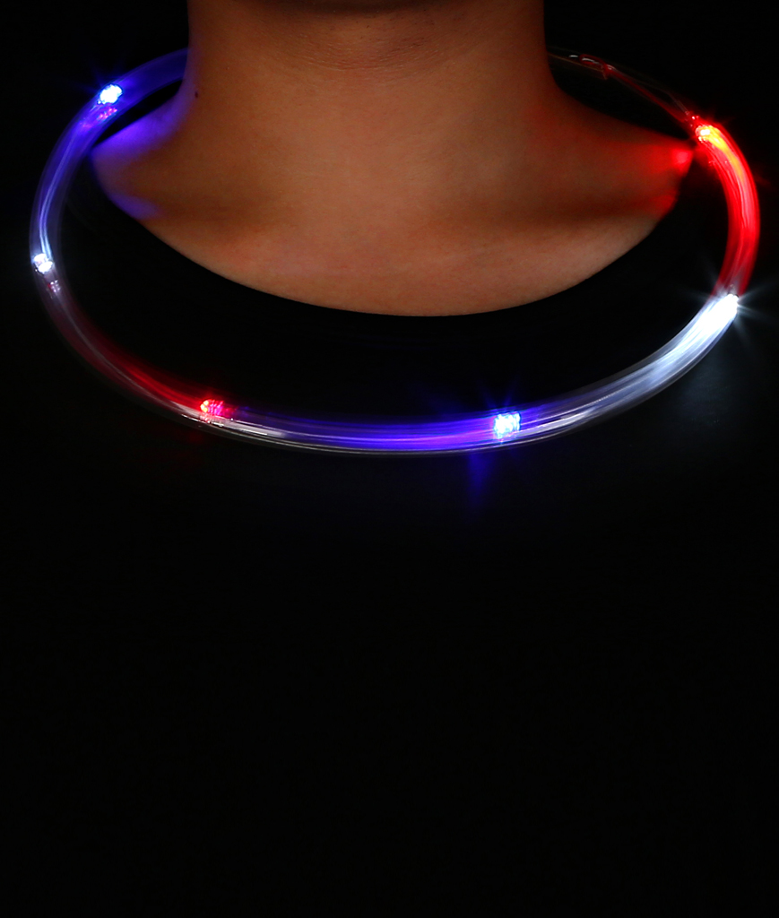 Fun Central O566 LED Light Up Light Chaser Necklace - Red-White-Blue
