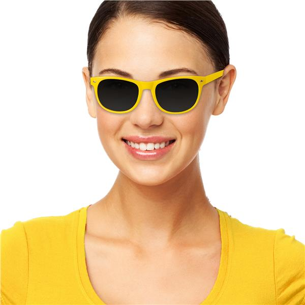 YELLOW FRAME RETRO SUNGLASSES