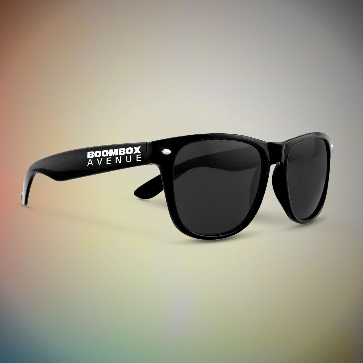 BLACK FRAME RETRO SUNGLASSES
