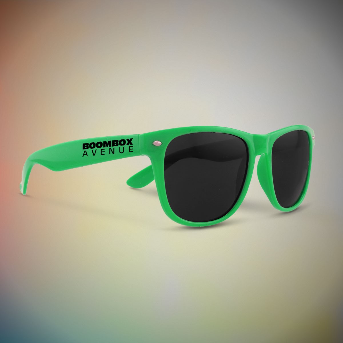 GREEN FRAME RETRO SUNGLASSES
