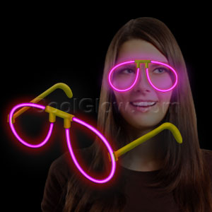 Fun Central H13 Glow in the Dark Eye Glasses - Pink